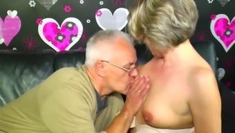 Meine Oma Boyfriend Fucks Grandma_The_Teenage_Sitter